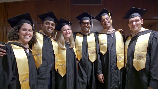 emba2016-graduates-group.jpg