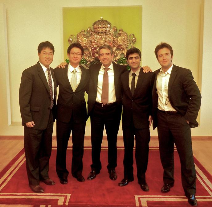 2012_IBD_Team_and_Bulgarian_President_688.png