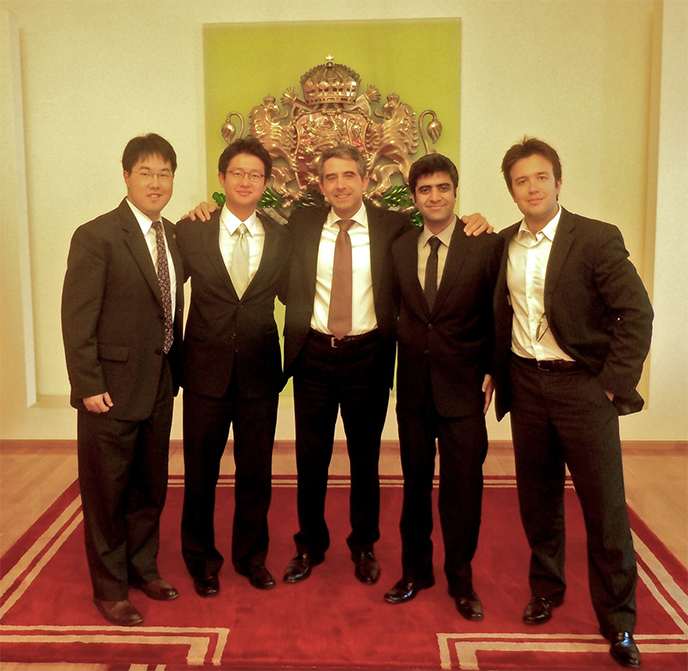 2012_IBD_Team_and_Bulgarian_President_688.png