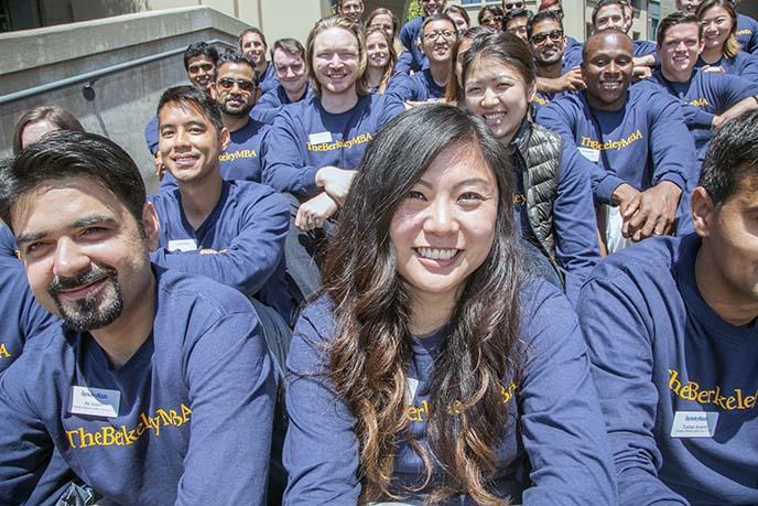 Evening & Weekend Berkeley MBA students at orientation